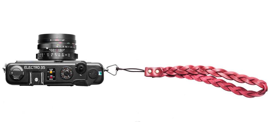 roberu-red-leather-english-braid-camera-stap_1024x1024